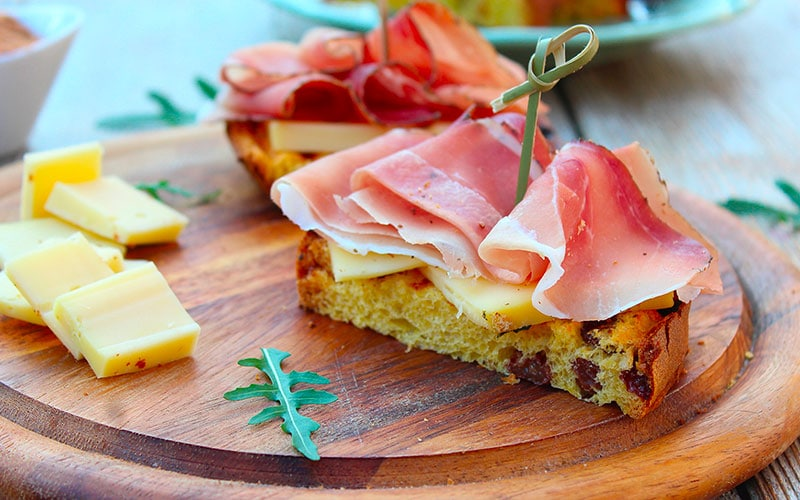 Panettone with Ham and Cheese