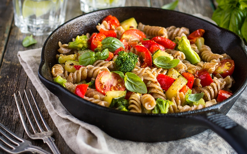 Healthy pasta recipe with fusilli and vegetables