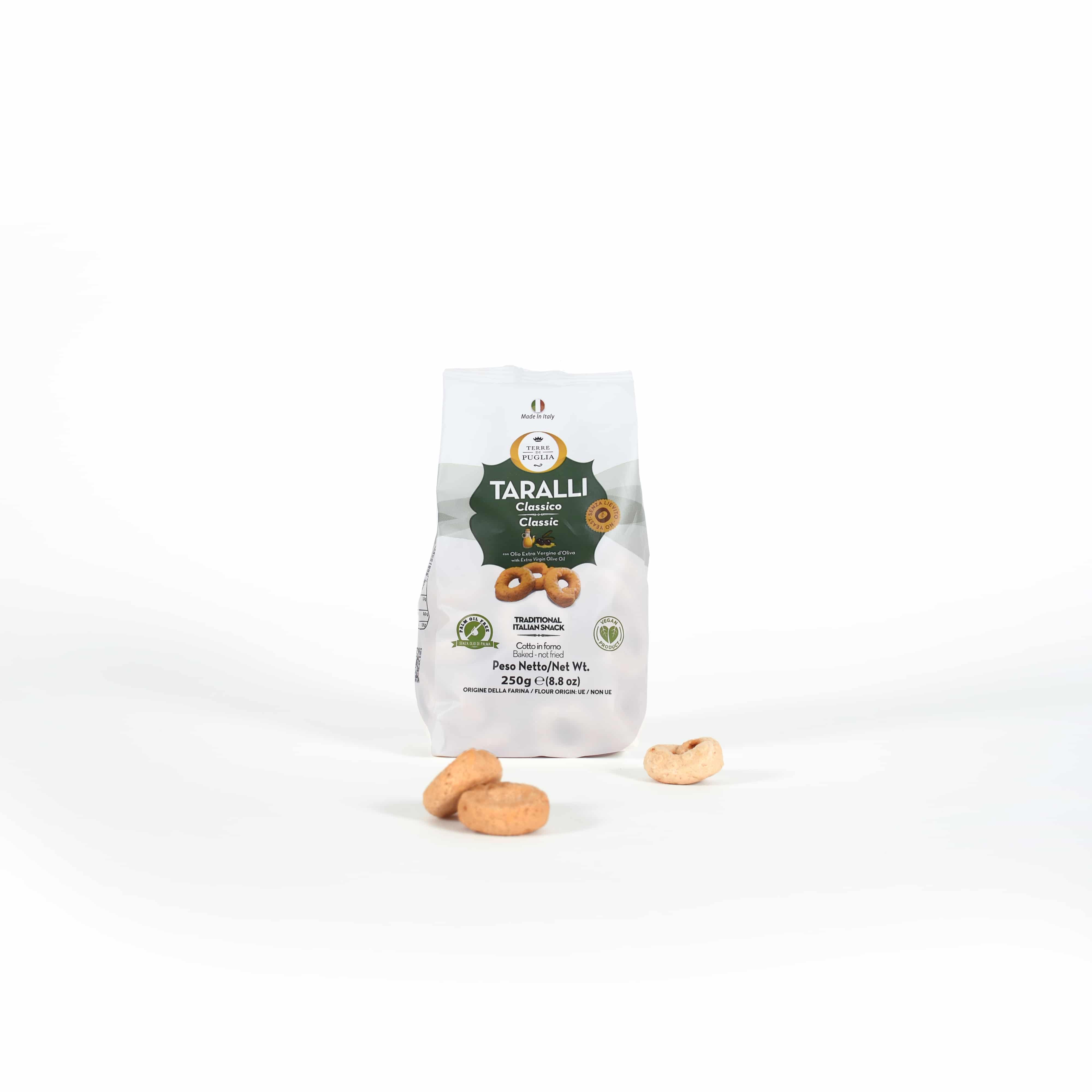 Tarallini crackers with extra virgin olive oil
